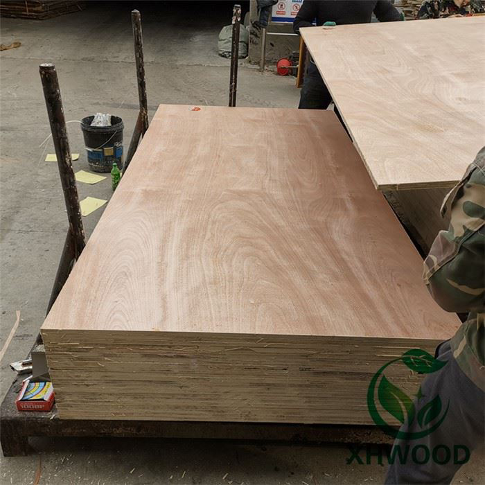Hardwood Commercial Plywood for Furniture Making